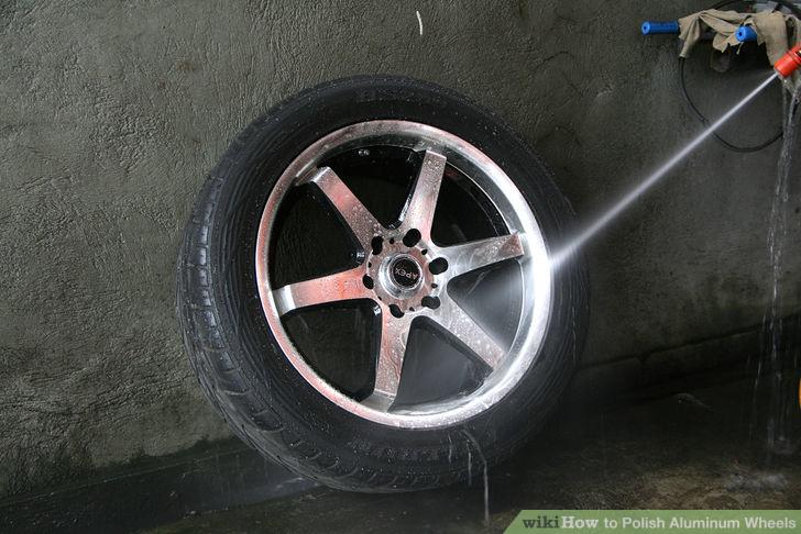 aid1376943-728px-Polish-Aluminum-Wheels-Step-3Bullet1