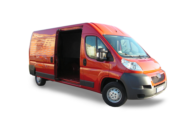 bus-1448914-640x400