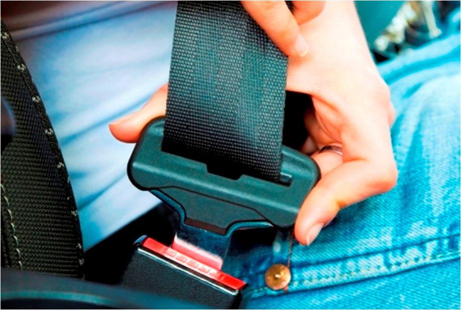bmw-set-belt-stretched