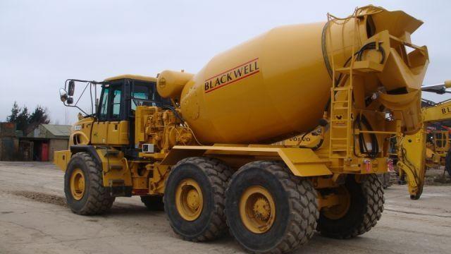4a81e358eb3fadc34ffe529ebc079d04--big-trucks-dump-trucks