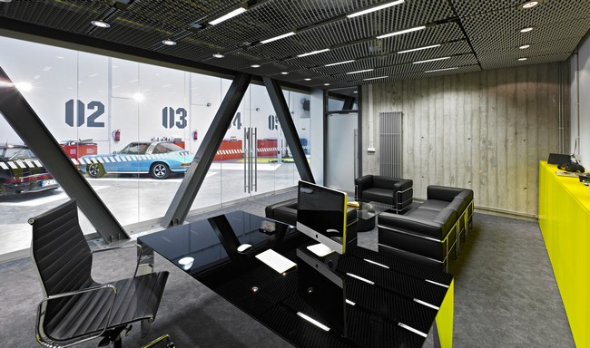Office-Garage-by-Ultra-Architects-2